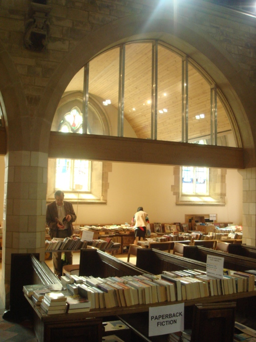 St_Edwards_book_sale_2