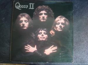 Queen-II-front